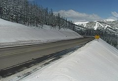 view from 4 - Highway 50 Road Conditions on 2018-04-09